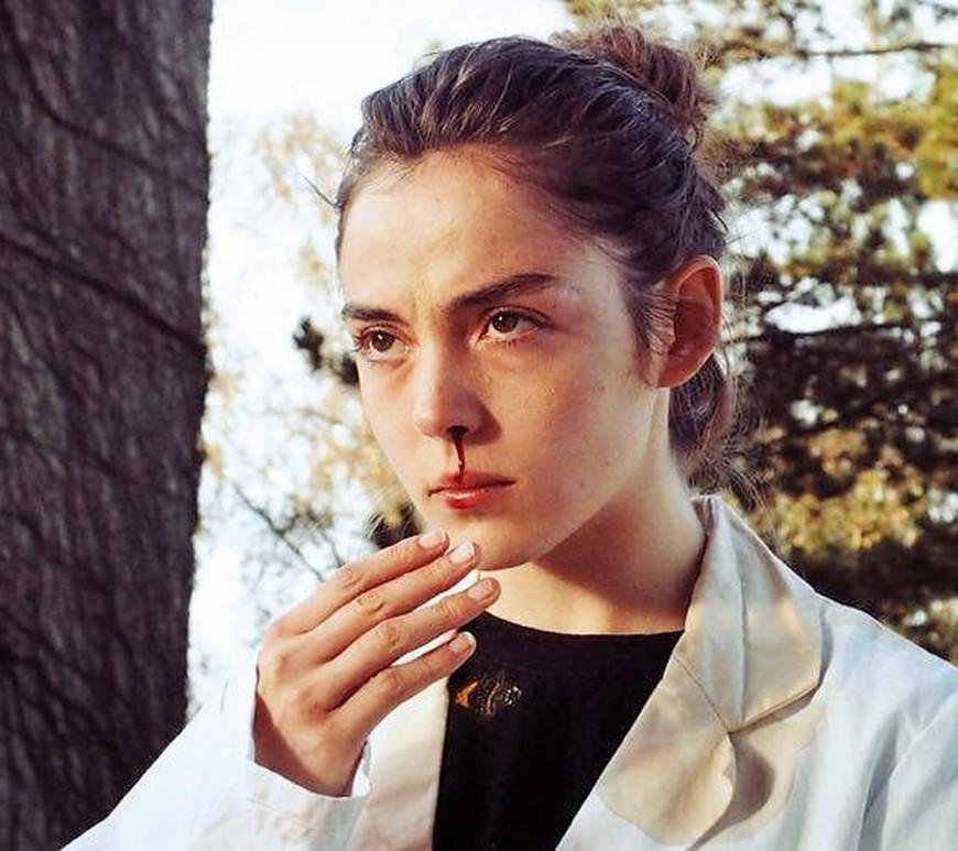 Grave Julia Ducournau - Scarletpost La culture des idées